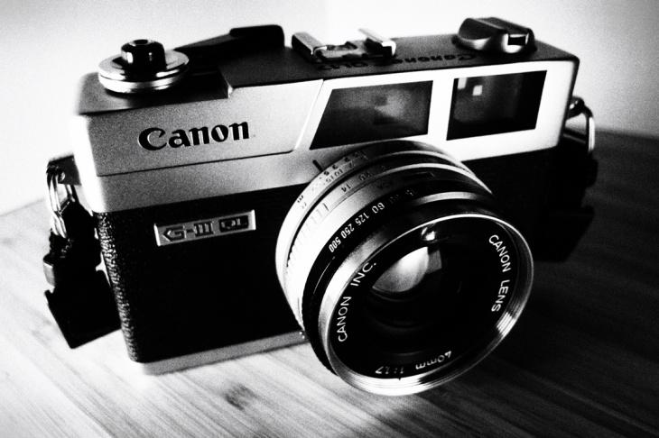 0000-canon-canonet-ql17-giii.jpg